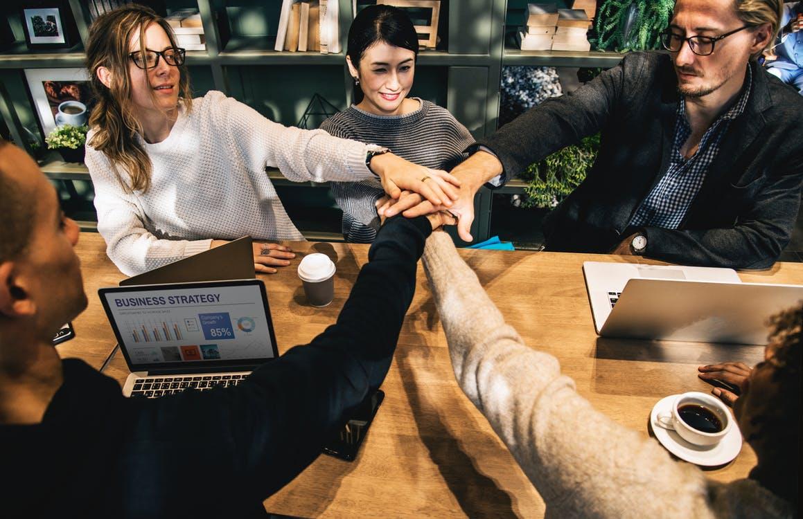 Lee más sobre el artículo Guanxi, network o si lo prefieres en español amigos y relacionados de trabajo.